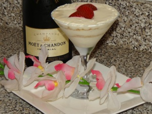 Yummy Glam Cheesecake Parfait